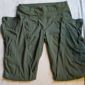 Lucy green capris